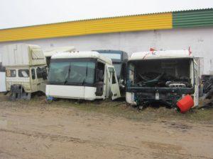 Parduodamos vilkikų Renault Scania Volvo kabinos.