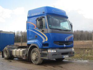 Išnuomojamas Renault Premium vilkikas.